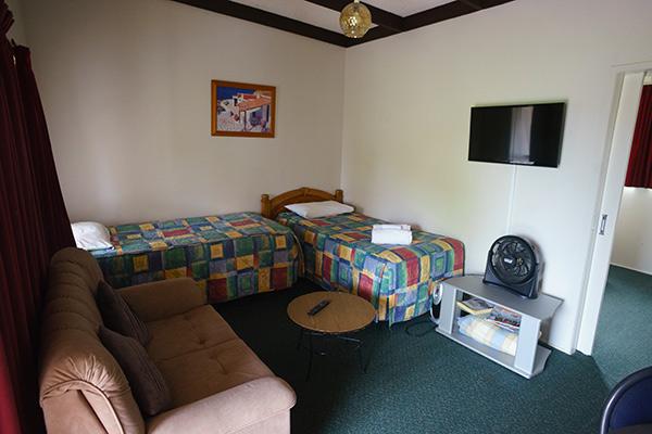 Paeroa Motel Family Room